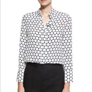 💕HP💕Diane Von Furstenberg Long-Sleeve Silk Shirt